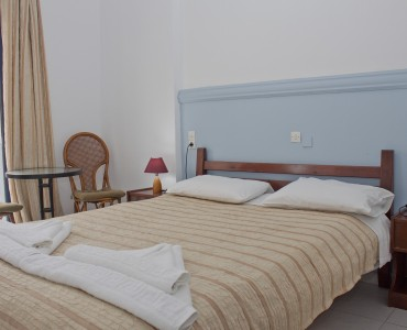double-bed-room-city-view-0001