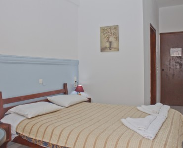 double-bed-room-city-view-0006
