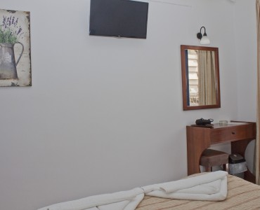 double-bed-room-city-view-0008