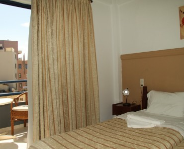 double-room-city-view_0004